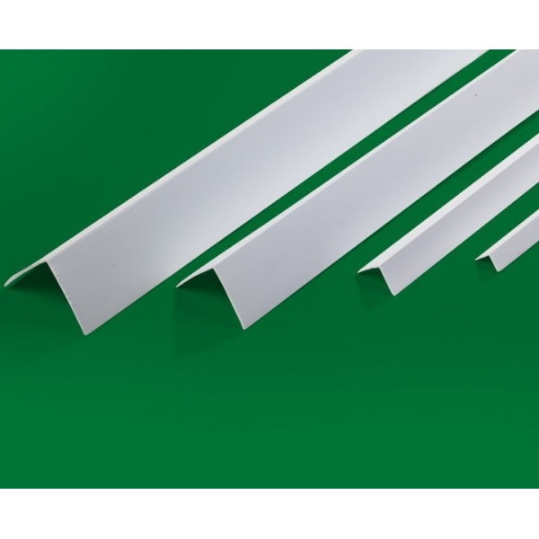 Угол пластиковый ПВХ в пленке 20*20мм 3.0